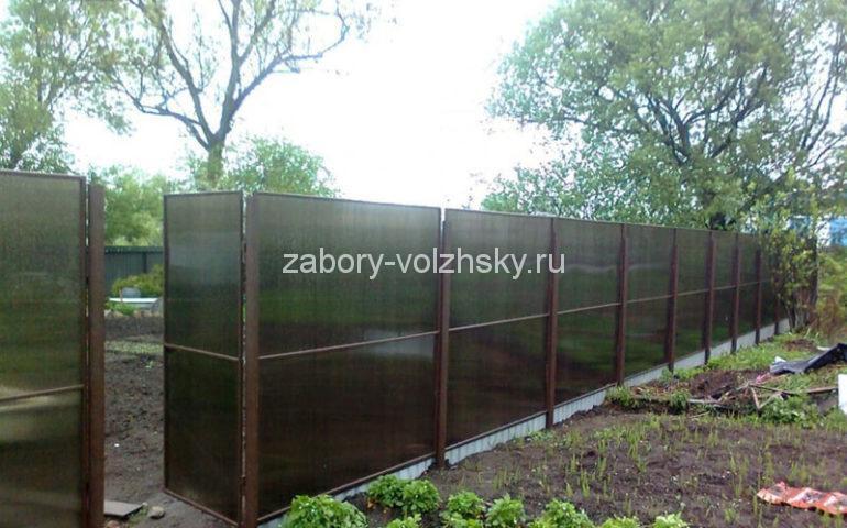 изготовление заборов из поликарбоната в Волжском