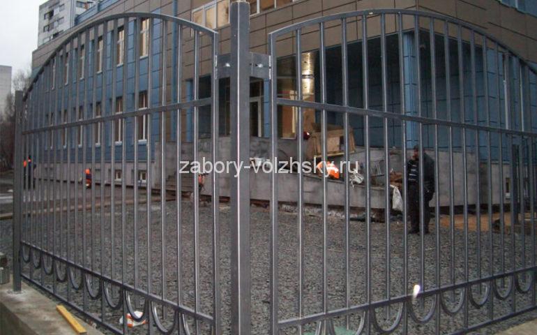 забор из профтрубы в Волжском