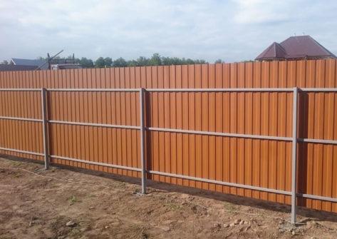 забор для дома из профнастила